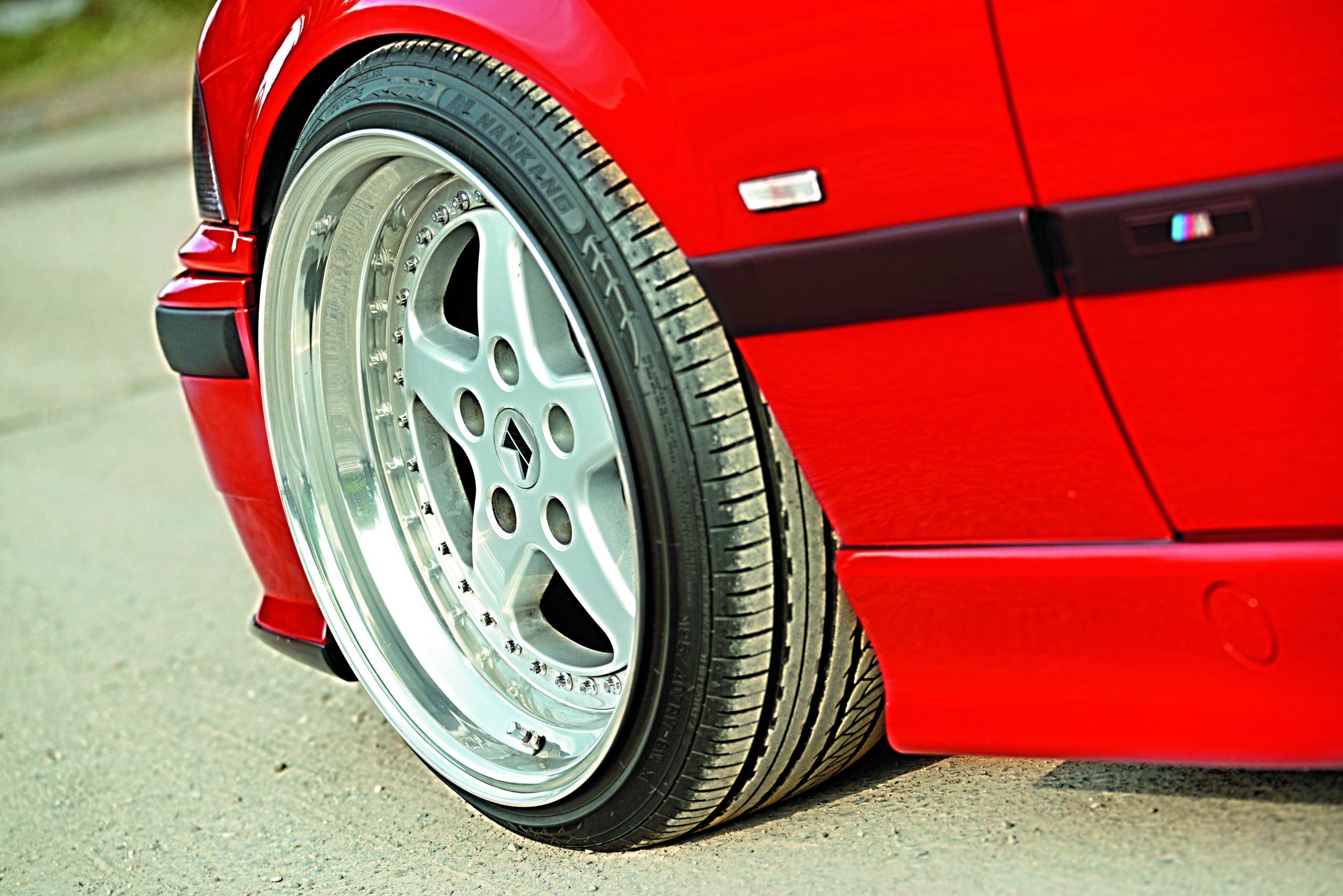 Tuning-BMW-E36-Cabrio=koło