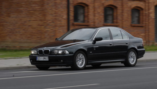 Tuning-BMW-E39-530d-w trakcie jazdy