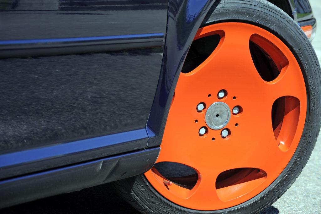 Tuning-VW-Bora-1.9-TDI-pomaranczowa felga od Mercedesa