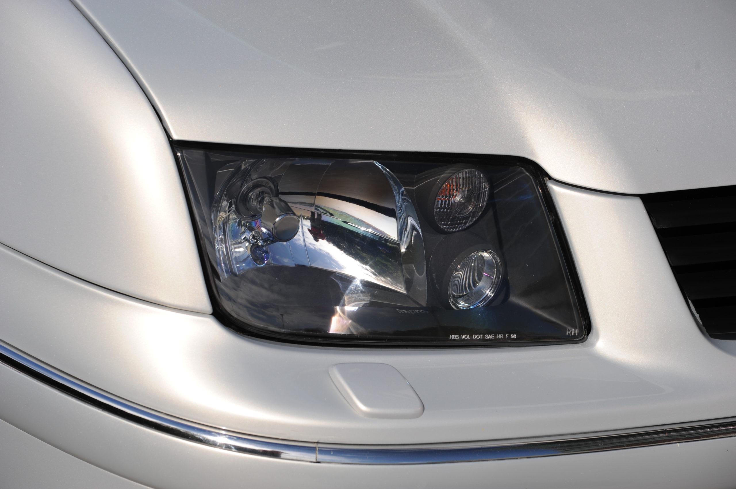 Tuning-VW-Bora-przedni reflektor