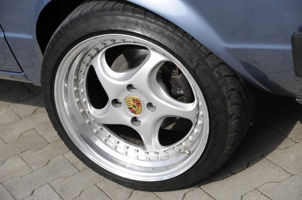 Tuning-VW-Caddy-1-R32-koło