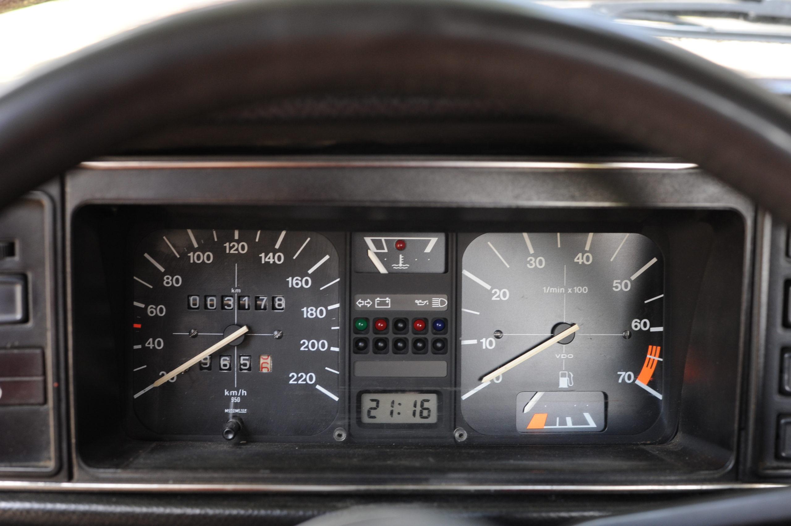 Tuning-VW-Caddy-Typ-14d-zegary