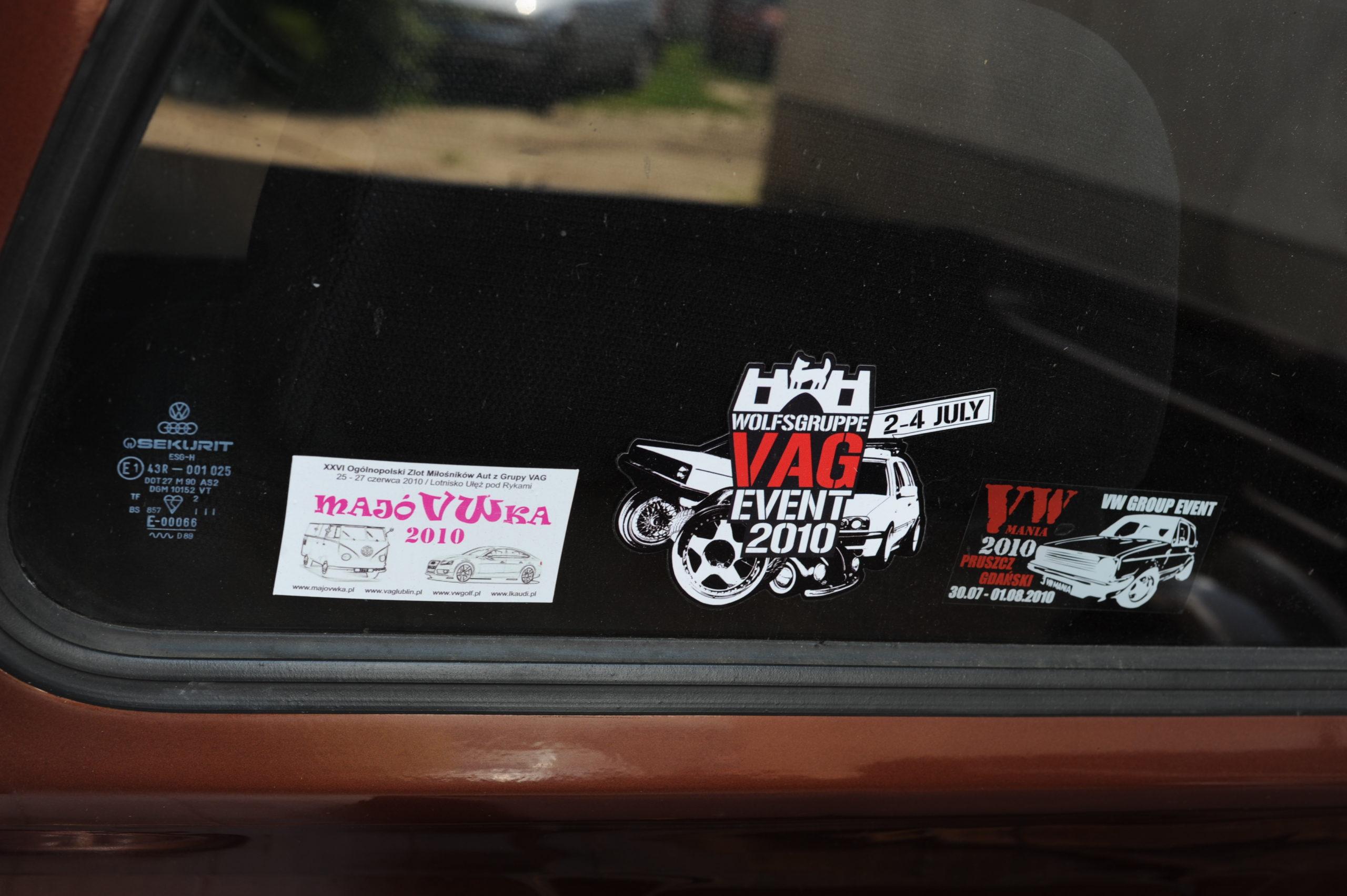 Tuning-VW-Caddy-Typ-14d-nalepki na szybie
