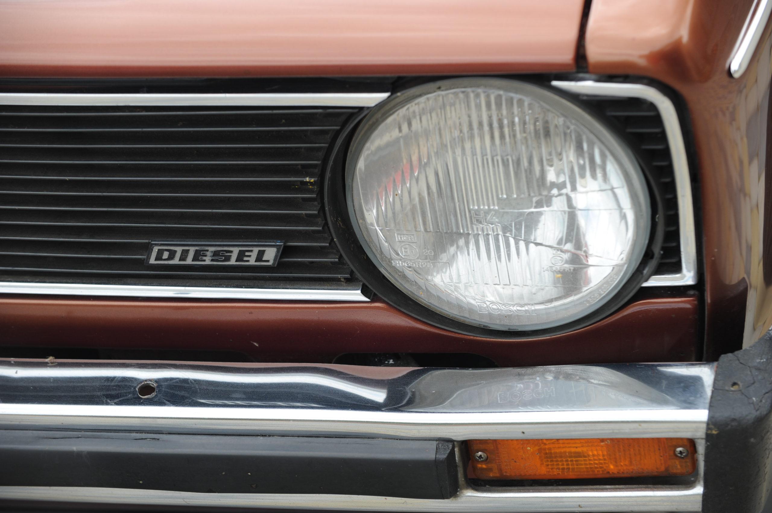 Tuning-VW-Caddy-Typ-14d-przedni reflektor