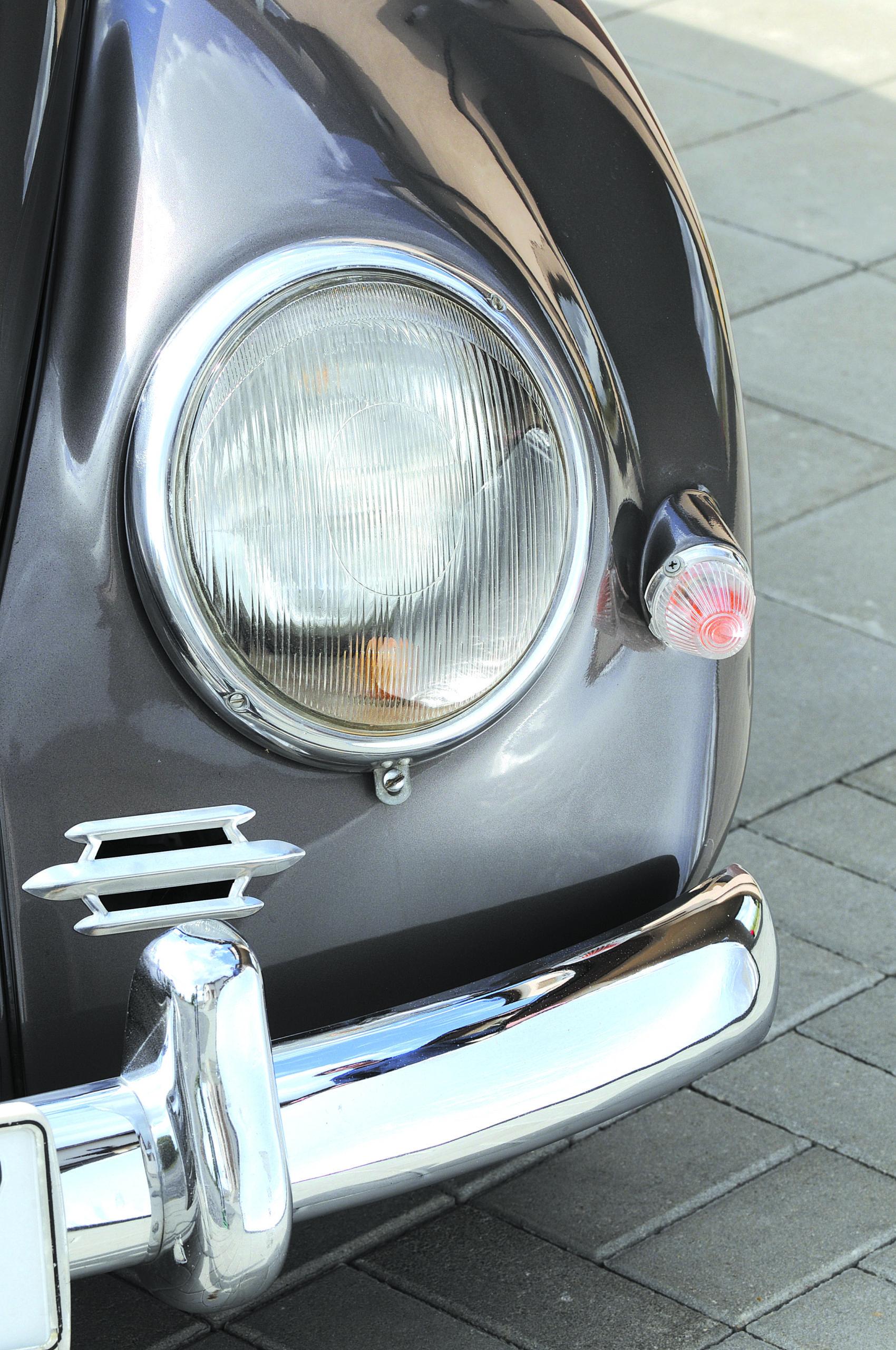 Tuning-VW-Garbus-Oval-przedni reflektor
