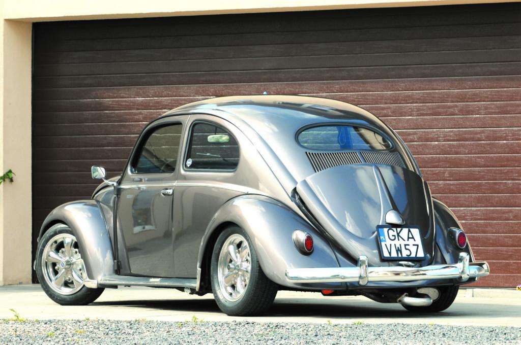 Tuning-VW-Garbus-Oval-widok z tyłu