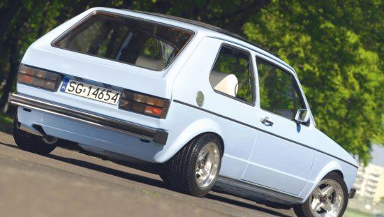 Tuning VW Golf 1 GTI widok z tyłu