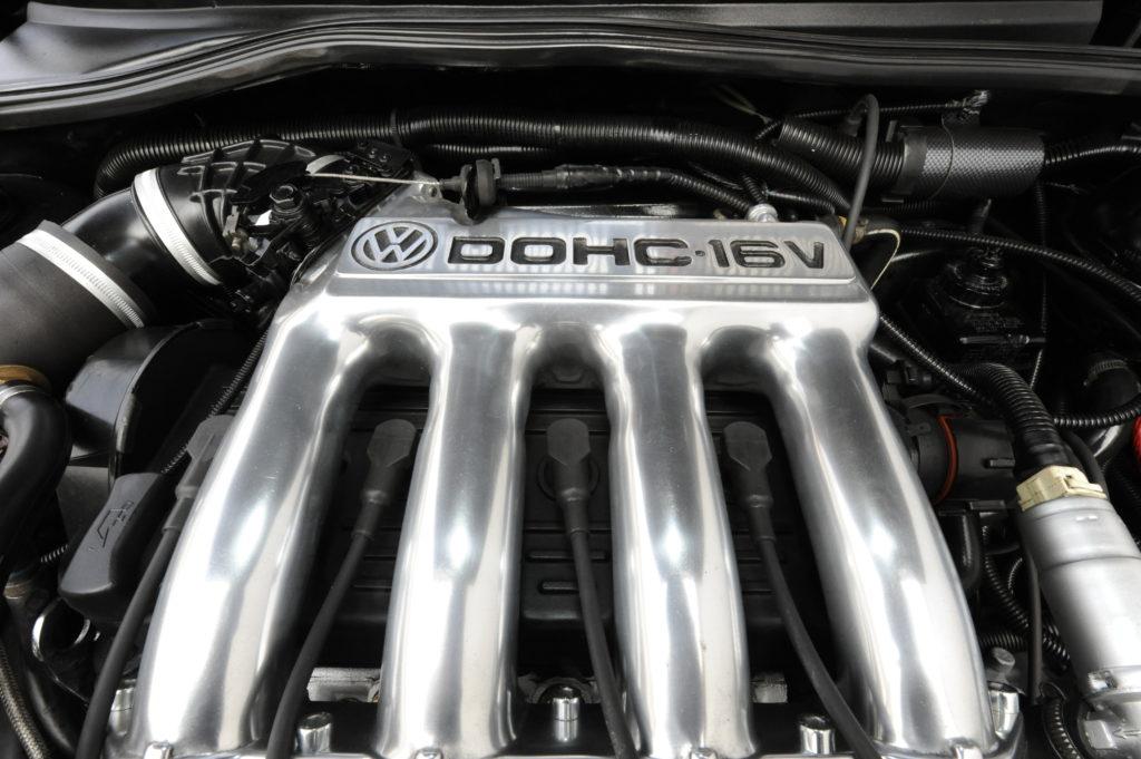 Tuning-VW-Golf-2-1.8-silnik DOHC 16V