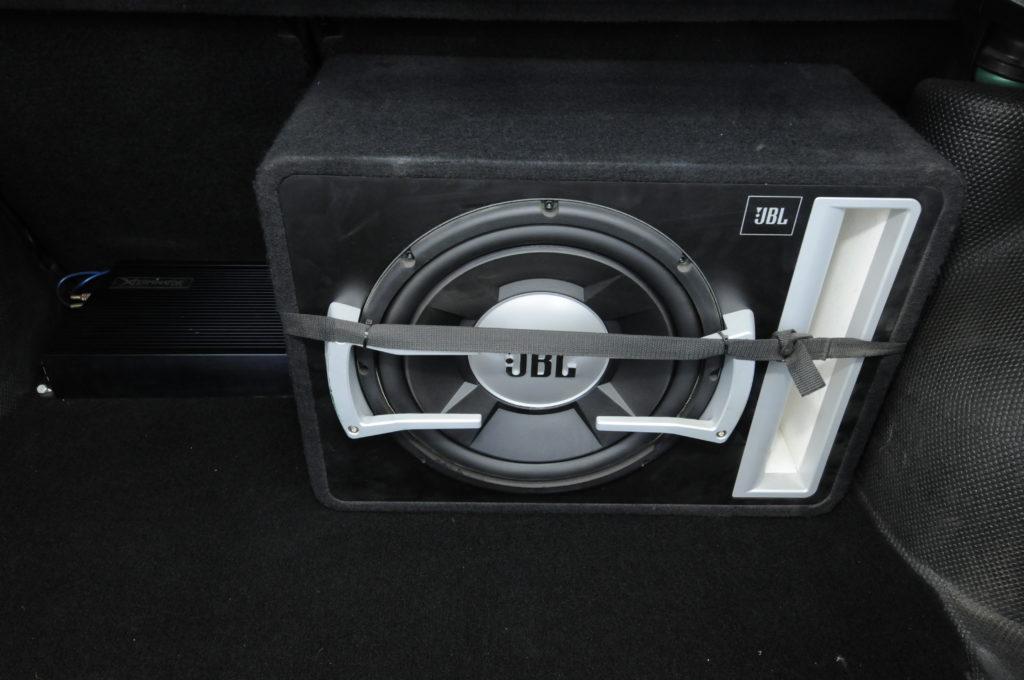 Tuning-VW-Golf-3-GL-głośnik JBL
