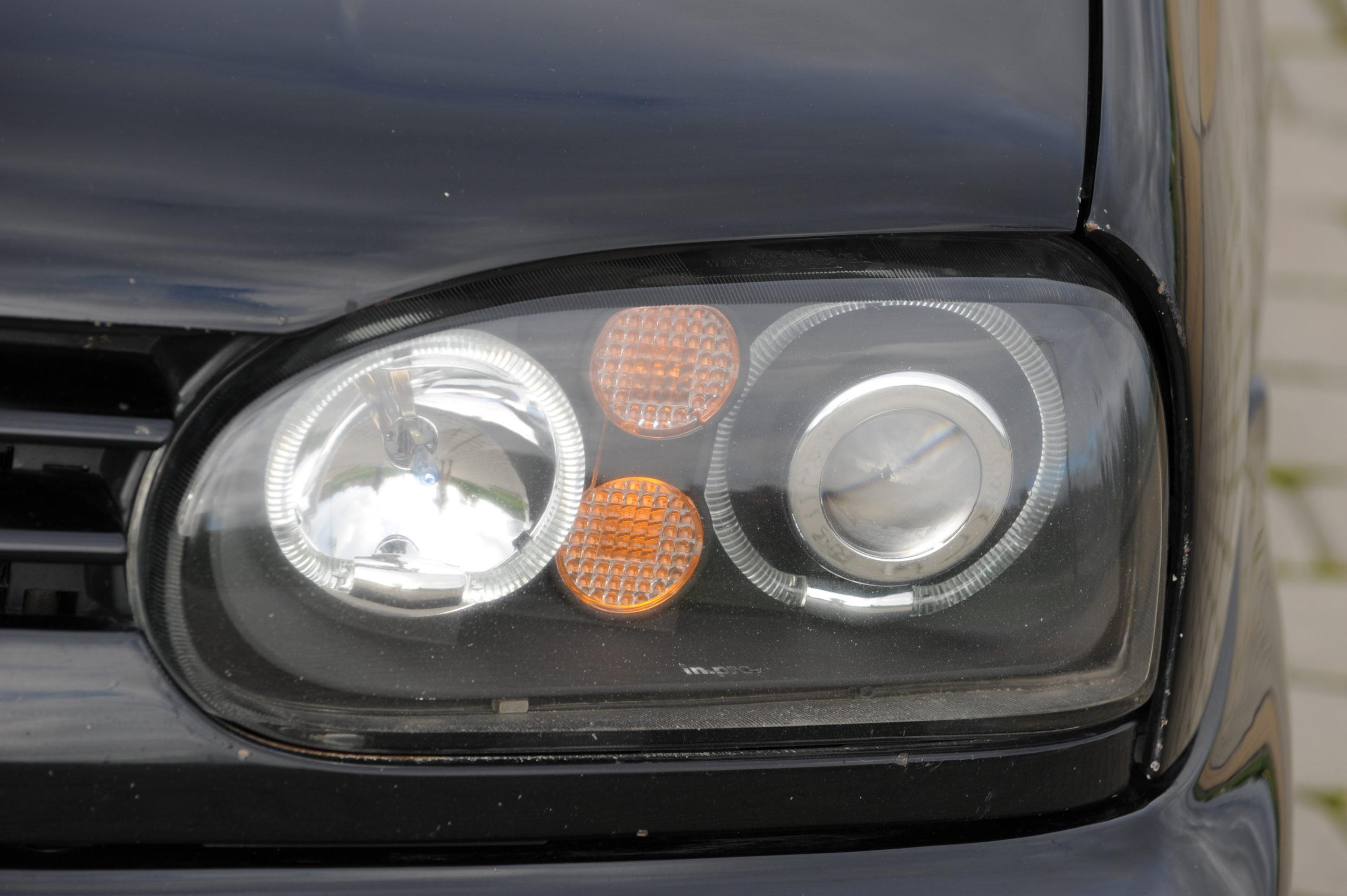 Tuning-VW-Golf-3-cabrio-przedni reflektor