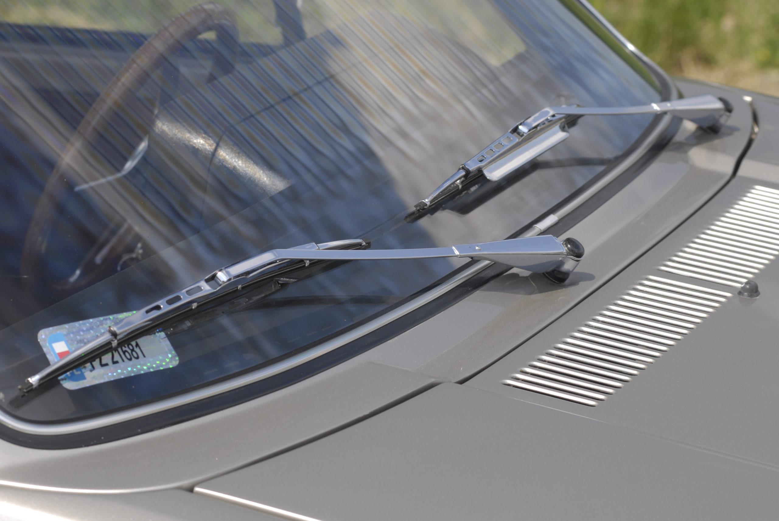 Tuning-VW-Golf-Mk1-CL-chromowane wycieraczki