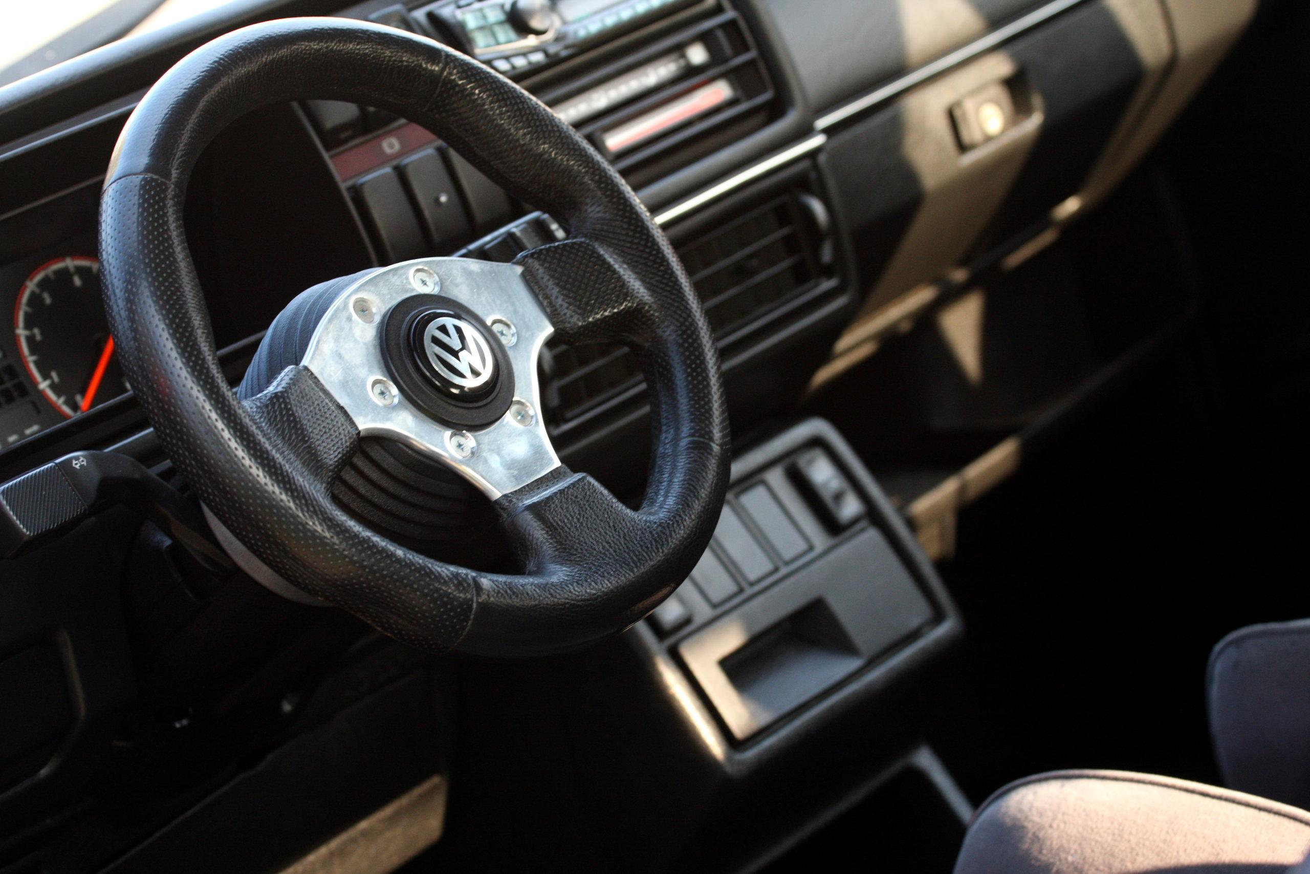 Tuning-VW-Golfa-Mk2-kierownica