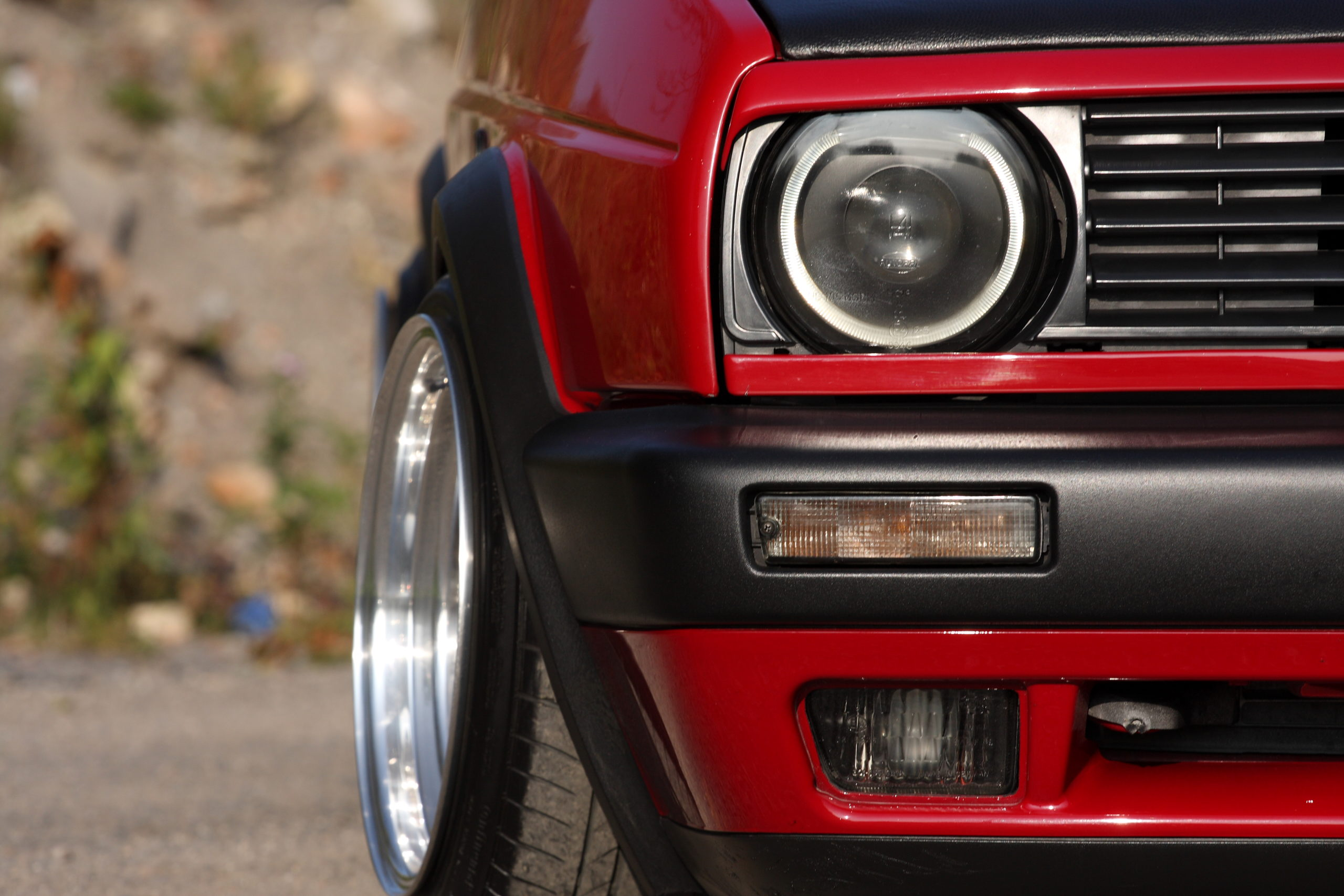 Tuning-VW-Golfa-Mk2-przednie światła