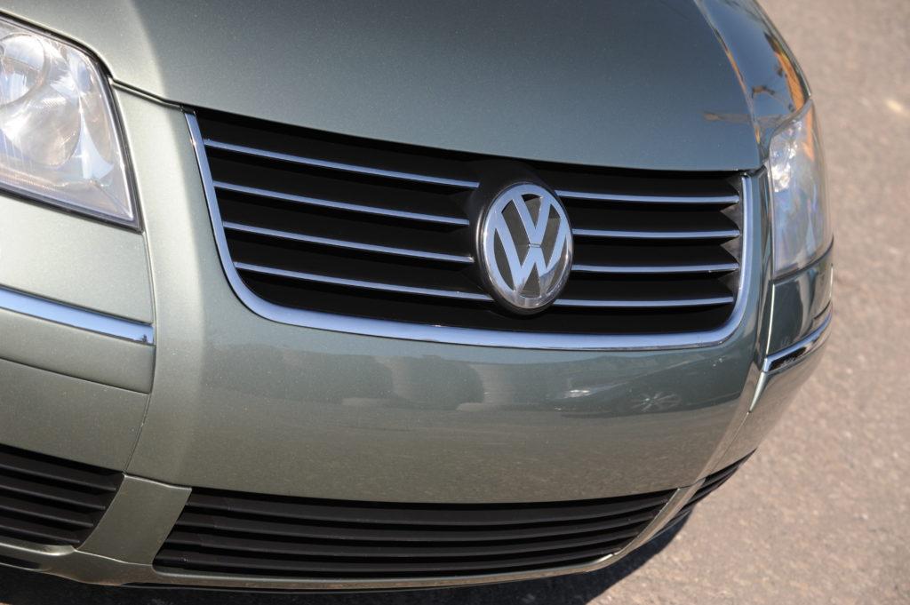 Tuning-VW-Passat-B5FL-Variant-1.9-TDI-grill
