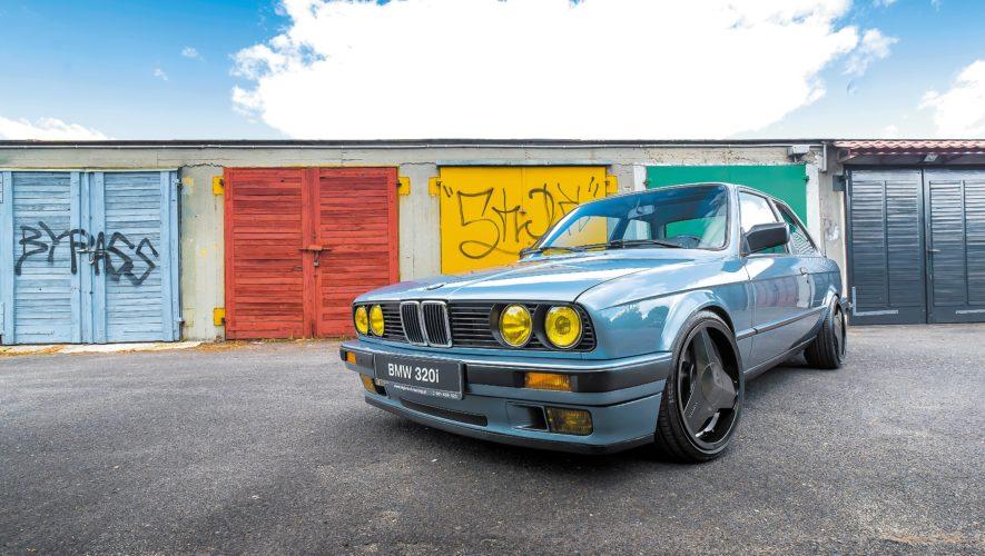 Tuning_BMW_E30_320iA_z przodu