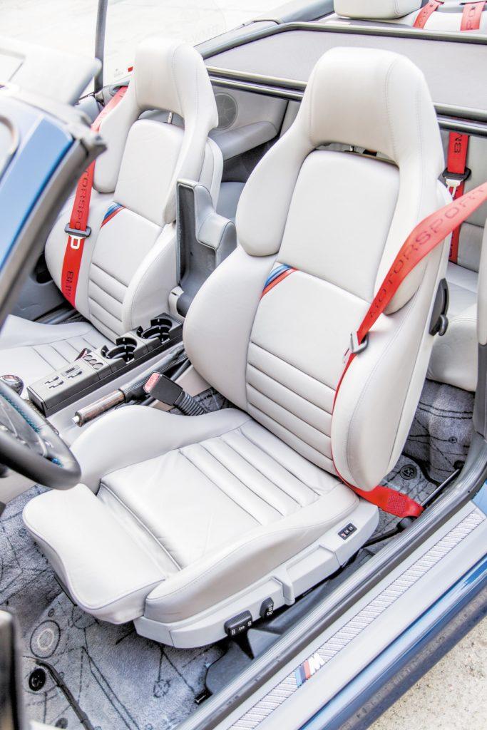 Tuning_BMW_E36_cabrio_fotele