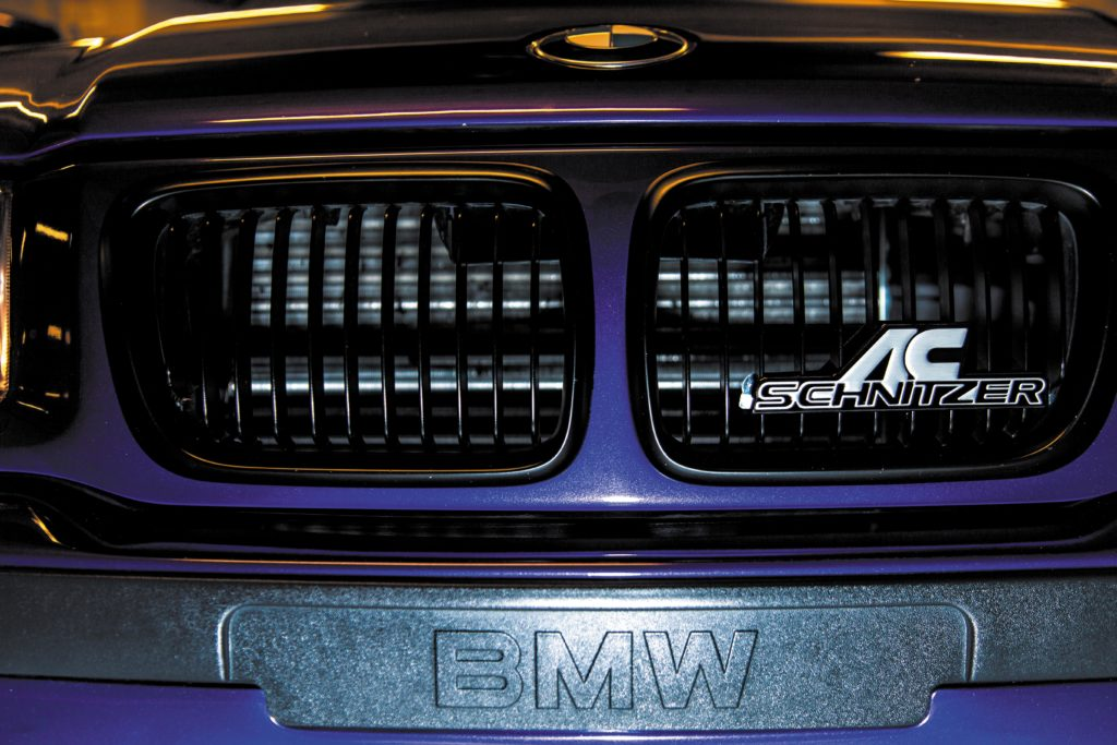 Tuning_BMW_E36_coupe grill z logo AC Schnitzer