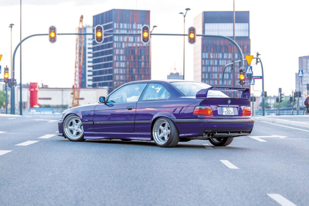 Tuning_BMW_E36_coupe widok z tyłu