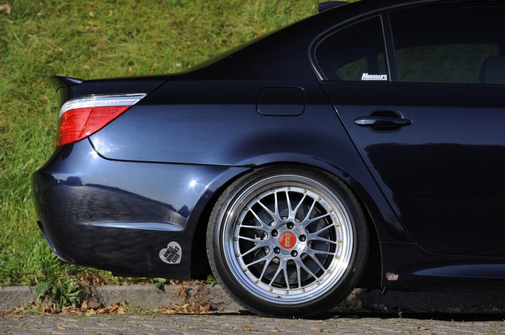 Tuning_BMW_E60 tył auta