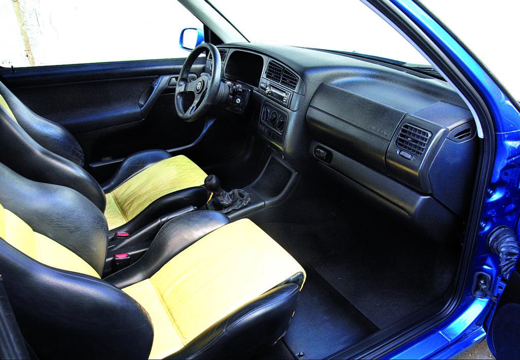 Tuning_VW_Golf_3_VR6_przednie_fotele