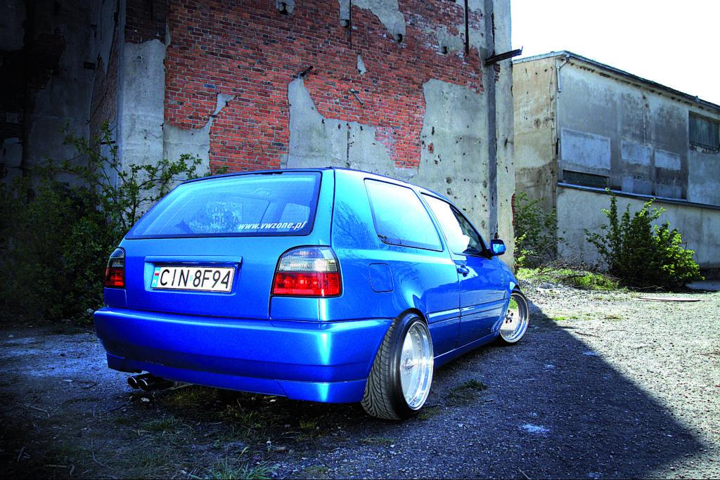 Tuning_VW_Golf_3_VR6_widok_z_tyłu