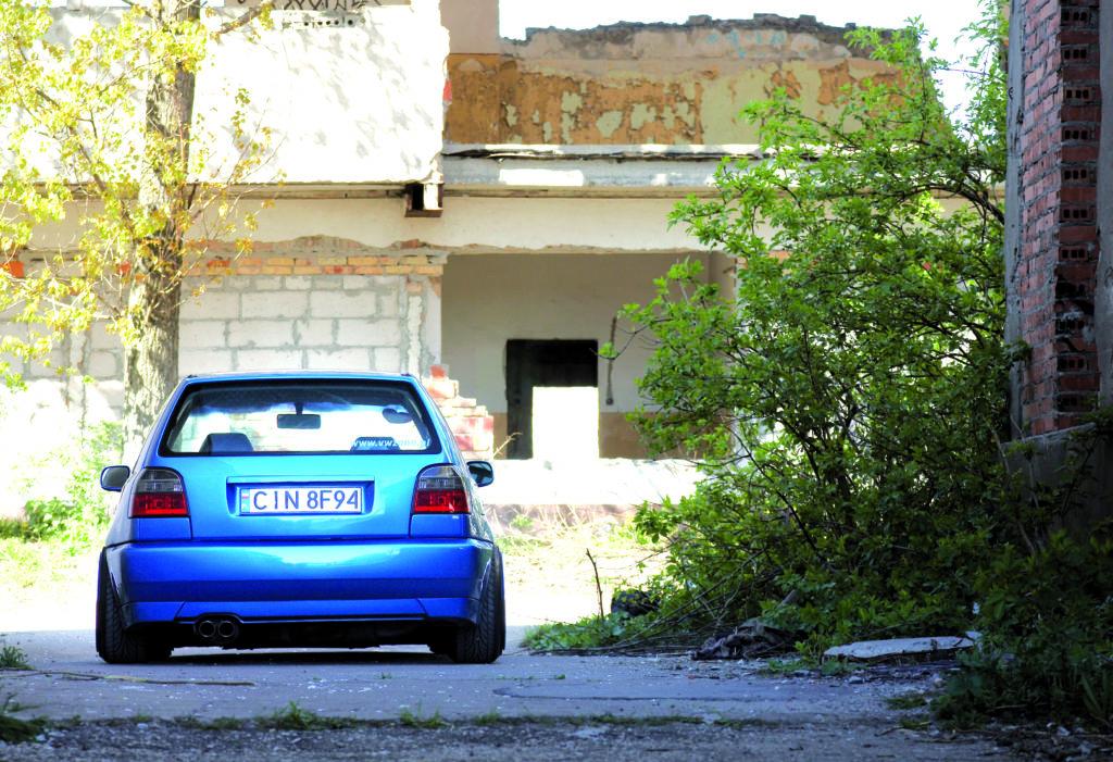 Tuning_VW_Golf_3_VR6_widok_od_tyłu
