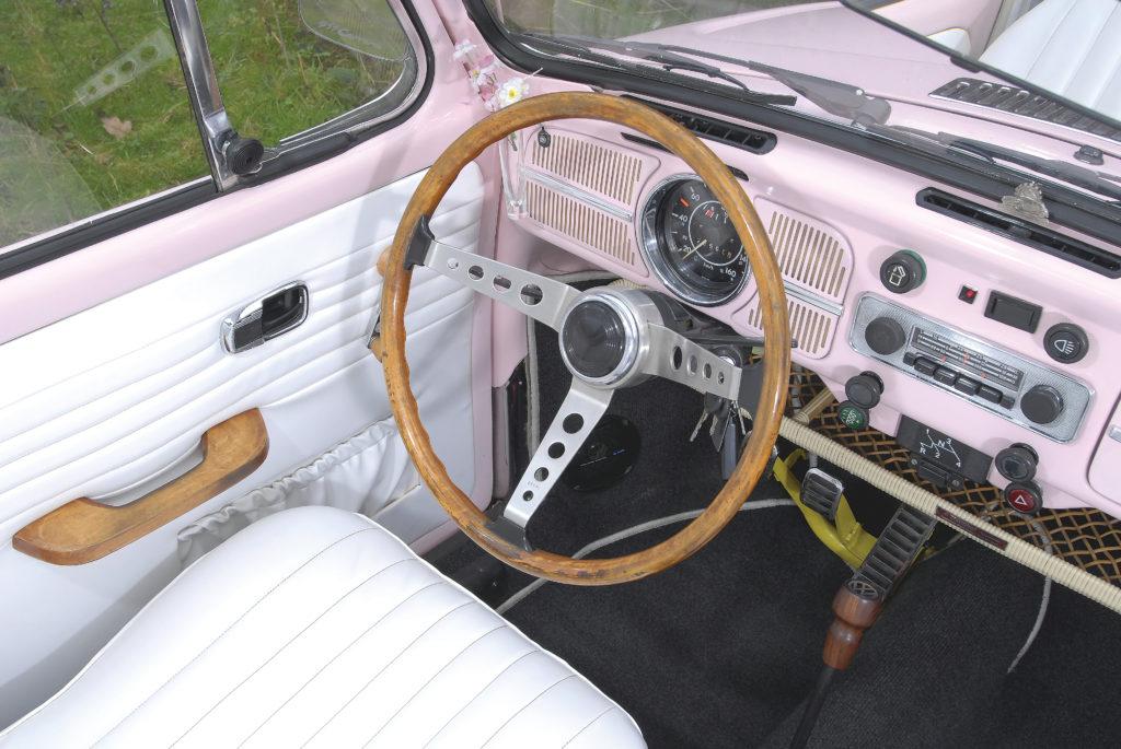 Tuning_VW_Garbus_1300_kokpit