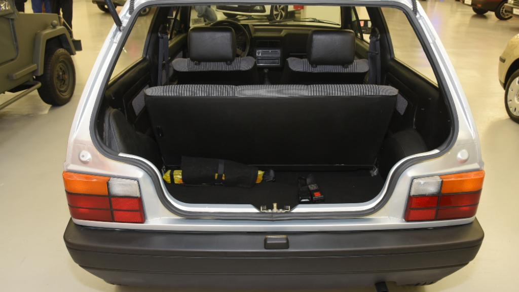 Brazylijski Volkswagen BY bagażnik