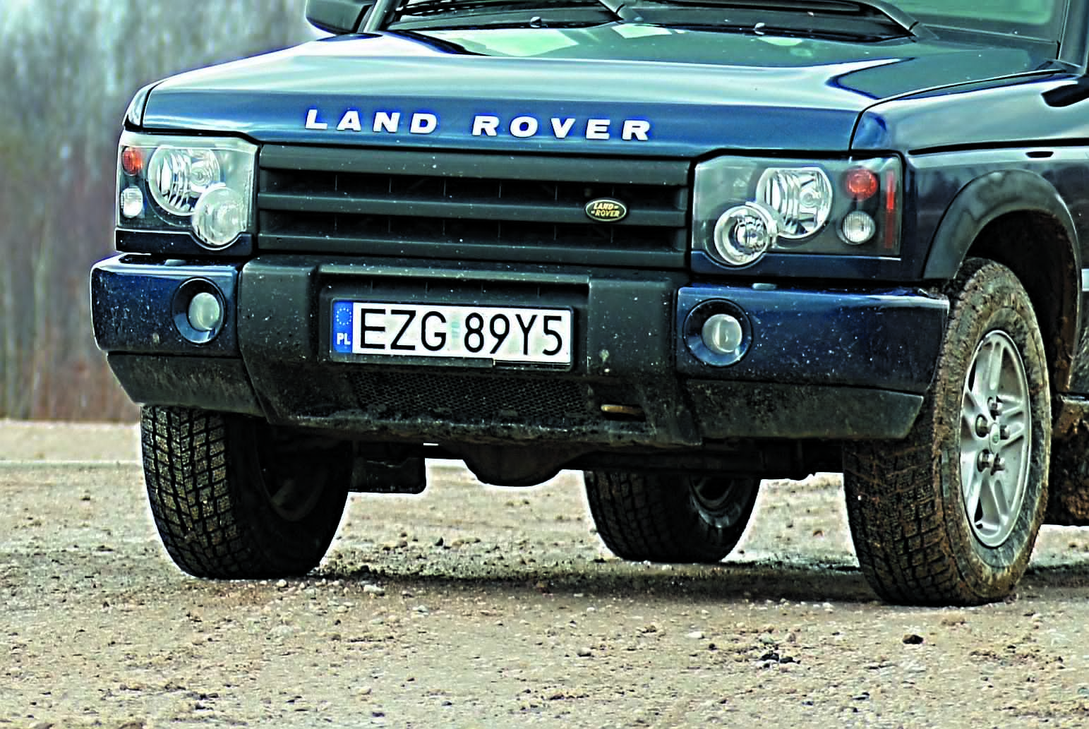 LAnd Rover Discovery 2-front auta