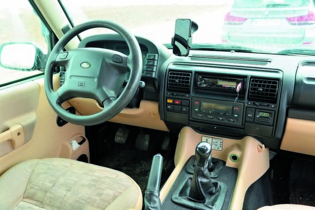 LAnd Rover Discovery 2- kokpit
